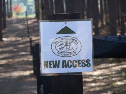 New Trail Access sign WMF (2)